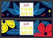 Hello-de zomer vectorbanners Stock Afbeeldingen