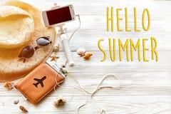 Hello-de zomertekst, het concept van de reisvakantie, ruimte voor tekst Sel Stock Afbeeldingen