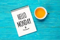 Hello-maandag, tekst in blocnote stock afbeeldingen