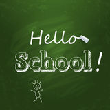 Hello skolar skriftligt på den gröna svart tavlan med Royaltyfri Bild