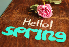 Hello spring note and flower Royalty Free Stock Images