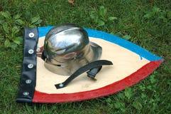 Helm en schild Stock Foto's
