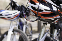 Helmet and glasses for cycling Royalty Free Stock Photos