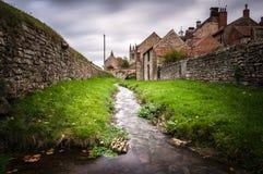 Helmsley Beck - Helmsley - North Yorkshire - Reino Unido Foto de archivo libre de regalías