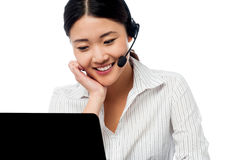 Help desk operator communicating with client Royalty Free Stock Images