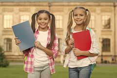 Free Help Your Kids Catch Up Or Get Ahead Without Summer School. School Club. Modern Education. Private Schooling. Teens With Stock Images - 213275484