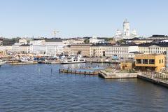 HELSÍNQUIA, FINLANDIA - 7 DE JULHO DE 2017: Panorama de Helsínquia, Fi da cidade Fotografia de Stock Royalty Free