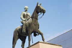 HELSÍNQUIA, FINLANDIA, O 21 DE JANEIRO DE 2014: O monumento ao marechal Man Imagem de Stock