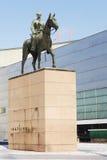 HELSÍNQUIA, FINLANDIA, O 21 DE JANEIRO DE 2014: O monumento ao marechal Man Fotografia de Stock