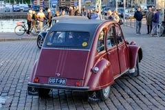 Helsingfors Finland, 02 Juni 2017, gammal bil Citroen Royaltyfri Bild