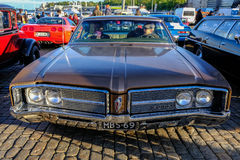 Helsingfors Finland gammal bil Buick Arkivbild