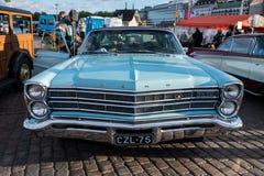 Helsingfors Finland gammal bil Ford Arkivfoton