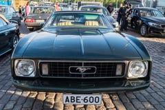 Helsingfors Finland gammal bil Ford Mustang Royaltyfria Bilder