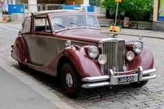 Helsingfors Finland gammal bil Jaguar Arkivbild