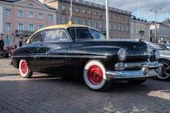 Helsingfors Finland gammal bil Mercury Monterey Fotografering för Bildbyråer