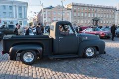 Helsingfors Finland gammal bilFord F100 Royaltyfri Bild