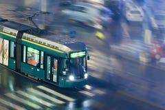 HELSINGFORS FINLAND - OKTOBER 27: Rörelsen av spårvagnen på gator av Helsingfors, FINLAND-OCTOBER 27 2016 Royaltyfria Foton