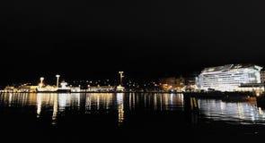 Helsingfors nattsikter royaltyfri bild