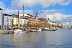 Helsingfors norr kaj royaltyfri bild