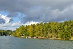 Helsingfors shoreline i Finland Royaltyfri Bild