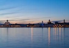 Helsinki dans le crépuscule Photo stock