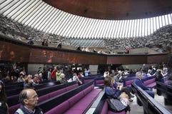 Helsinki, el 23 de agosto de 2014 - interior de la iglesia del granito de Helsinki en Finlandia Foto de archivo libre de regalías