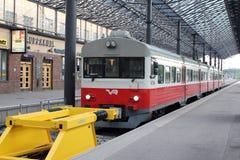 Helsinki, Filnald. The commuter train on railway station Royalty Free Stock Photos
