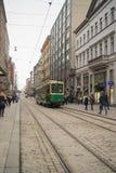 Helsinki, Finland - Circa maart 2018: tram in Helsinki, openbaar vervoer stock afbeeldingen