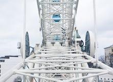 Helsinki, Finland 21 December 2015 - Ferris Wheel in haven van Helsinki Royalty-vrije Stock Foto