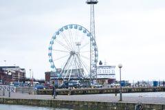 Helsinki, Finland 21 December 2015 - Ferris Wheel in haven van Helsinki Stock Foto
