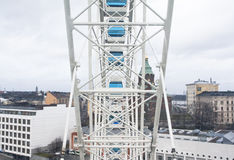 Helsinki, Finland 21 December 2015 - Ferris Wheel in haven van Helsinki Stock Afbeeldingen