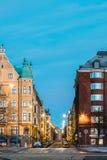 Helsinki, Finlandia Costruzione residenziale della Camera all'intersezione di Immagine Stock Libera da Diritti