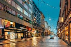 Helsinki, Finlandia El Año Nuevo enciende decoraciones de la Navidad de Navidad Foto de archivo libre de regalías