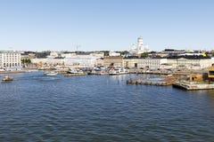 HELSINKI FINLANDIA, LIPIEC, - 07, 2017: Miasto panorama Helsinki, Fi Zdjęcie Stock