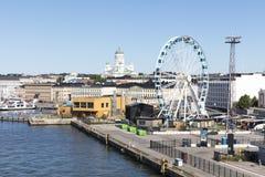 HELSINKI FINLANDIA, LIPIEC, - 07, 2017: Miasto panorama Helsinki, Fi Zdjęcia Stock