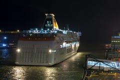 HELSINKI FINLANDIA, PAŹDZIERNIK, - 27: ferryboat TALLINK cumuje przy cumowaniem w porcie miasto Helsinki, Finlandia PAŹDZIERNIK Obraz Stock