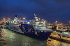 HELSINKI FINLANDIA, PAŹDZIERNIK, - 25: ferryboat Finlandia cumuje przy cumowaniem w porcie miasto Helsinki, Finlandia OCTOBE Obrazy Royalty Free