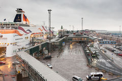 HELSINKI FINLANDIA, PAŹDZIERNIK, - 25: ferryboat TALLINK cumuje przy cumowaniem w porcie miasto Helsinki, Finlandia PAŹDZIERNIK Fotografia Royalty Free