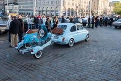 Helsinki, Finlandia Stary samochodowy FIAT 500L Obrazy Stock