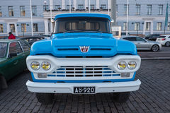 Helsinki, Finlandia Stary samochodowy Ford F250 Fotografia Stock