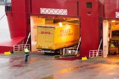 HELSINKI, FINNLAND - 25. OKTOBER: die Fähre VIKING-LINIE wird am Liegeplatz im Hafen der Stadt von Helsinki, Finnland OKT festgem Lizenzfreie Stockfotografie
