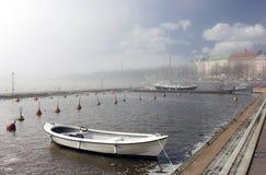 Helsinki im Nebel Stockfoto