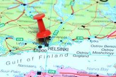 Helsinki op een kaart van Europa wordt gespeld dat royalty-vrije stock fotografie