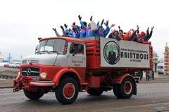 Helsinki-Studenten feiern letzten Schultag Stockfoto