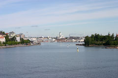 Helsinki vom Meer Lizenzfreie Stockbilder