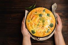 Hem- lagad mat frittata fotografering för bildbyråer