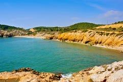 Hem- Mort strand i Sitges, Spanien royaltyfria bilder