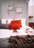 Hem- sovrum för slags tvåsittssoffa Royaltyfri Bild