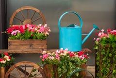 Hem- trädgårds- garnering royaltyfri bild