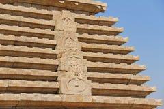 Hemakuta-Hügel, Tempel, Stein, der in Hampi schnitzt Karnataka, Indien stockfoto
